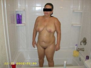 Adlyne facesitting escorts Birmingham, MI