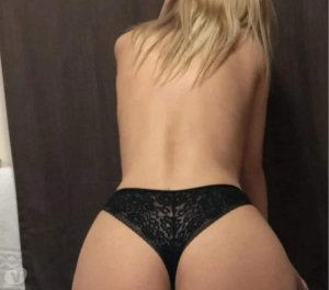 Claudinette independent escort Ironton, OH